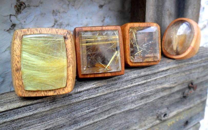 Vários tipos de rutilos... cabelos douraos claros, rutilo estrela com hematita, rutilo no quartzo fumê...