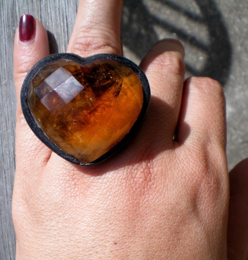 Depois de pronto!!! Anel Favo Coração Citrino. Pedra linda, enorme, poucas inclusões , da Bahia.
