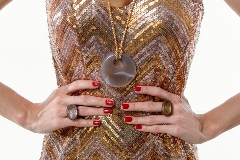 anel cristal green gold ar essencial