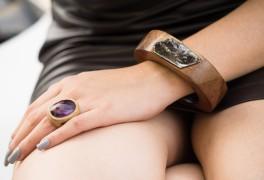 anel favo ametista e pulseira madeira e mica - AR Essencial Joias